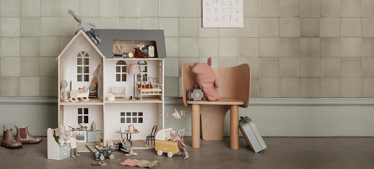 Univers poupées et accessoires