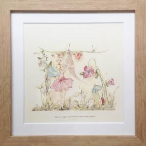 White Rabbit England - 29BP_SM - Tableau fées - 26w x 26L (Petit) (267130)