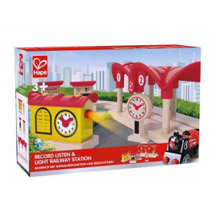 Hape - E3702 - Station de train (318642)