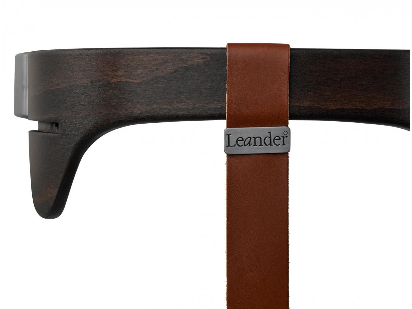 leander arceau de s curit noyer pour chaise haute new. Black Bedroom Furniture Sets. Home Design Ideas