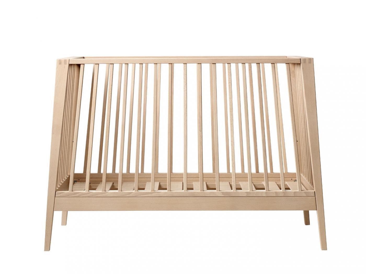 leander lit b b volutif linea h tre sans matelas. Black Bedroom Furniture Sets. Home Design Ideas