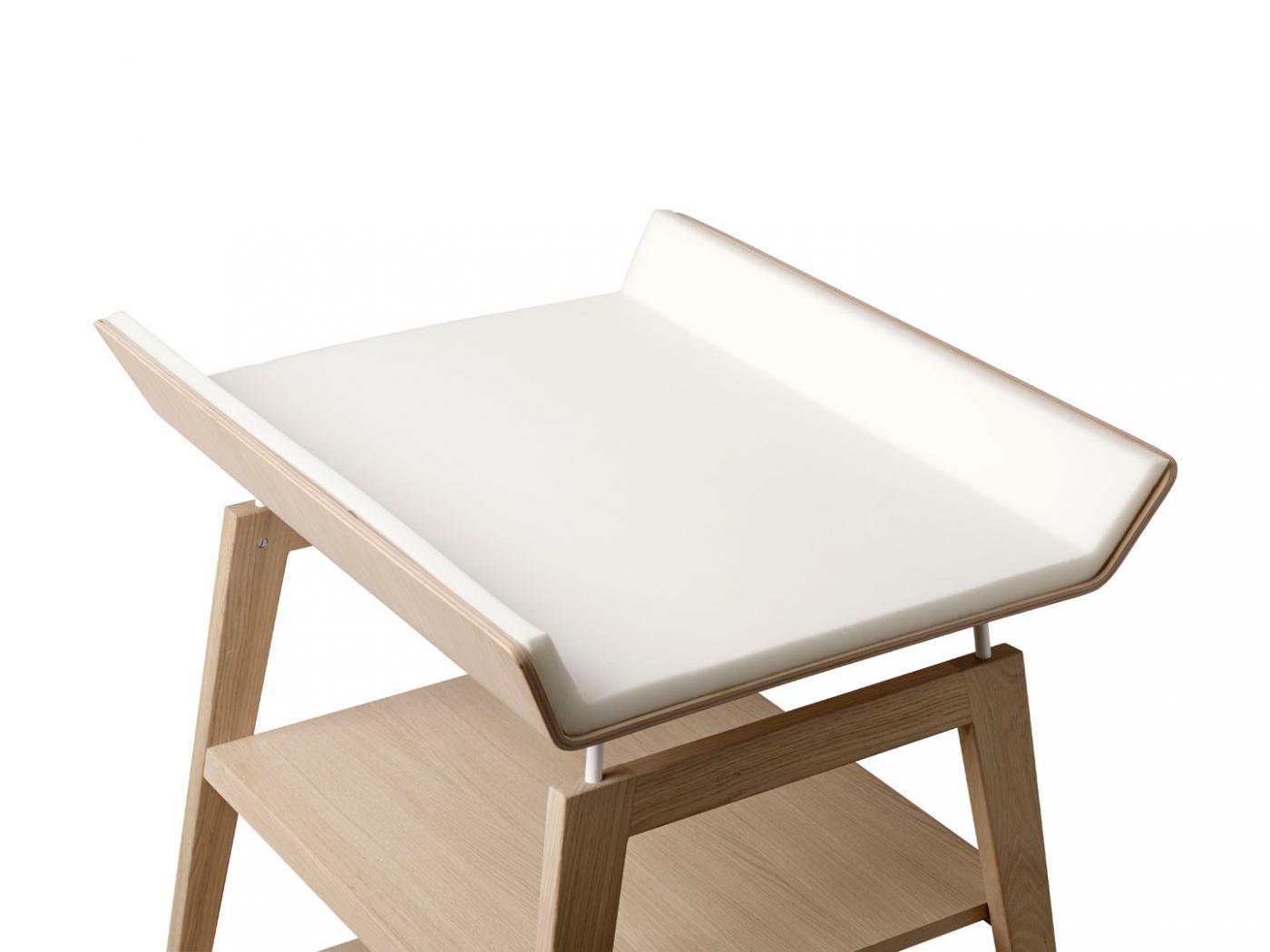 table langer linea en ch ne avec matelas et housse bleu p le. Black Bedroom Furniture Sets. Home Design Ideas