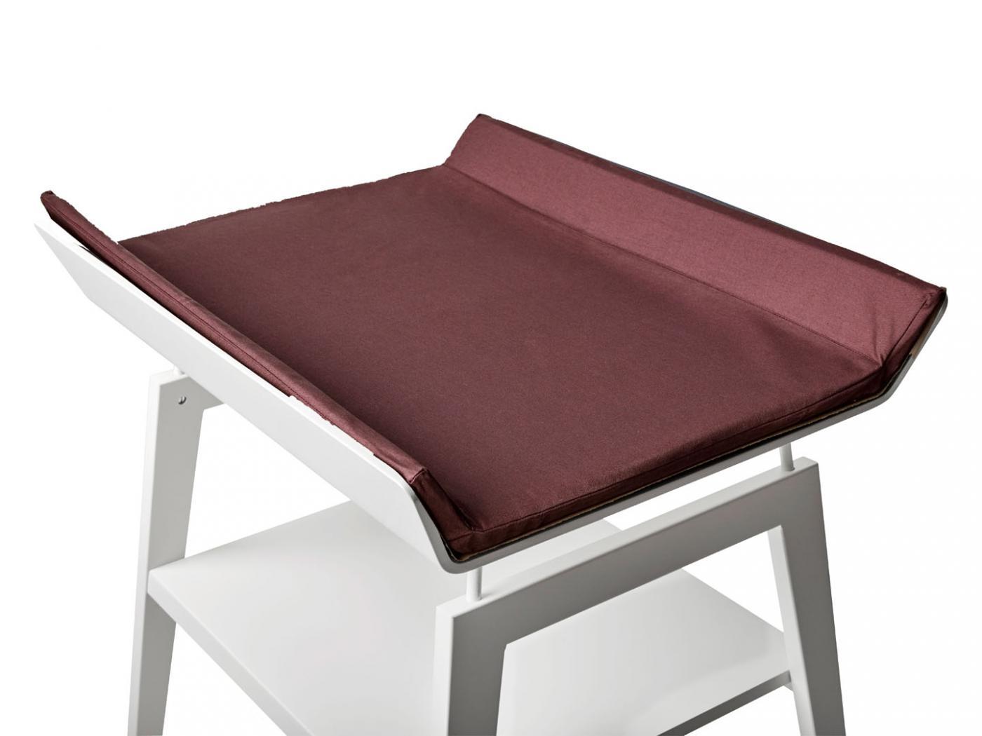 table langer linea en h tre blanc avec matelas et housse. Black Bedroom Furniture Sets. Home Design Ideas