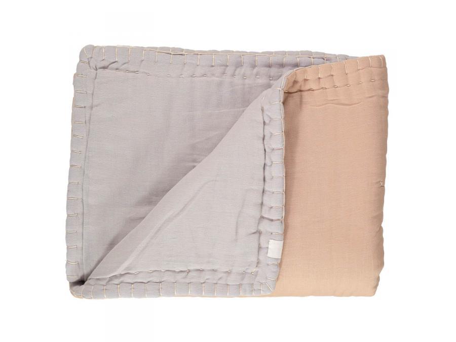 camomile london couverture junior ouatin e bicolore brod e main p che gris clair 100 x 120 cm. Black Bedroom Furniture Sets. Home Design Ideas