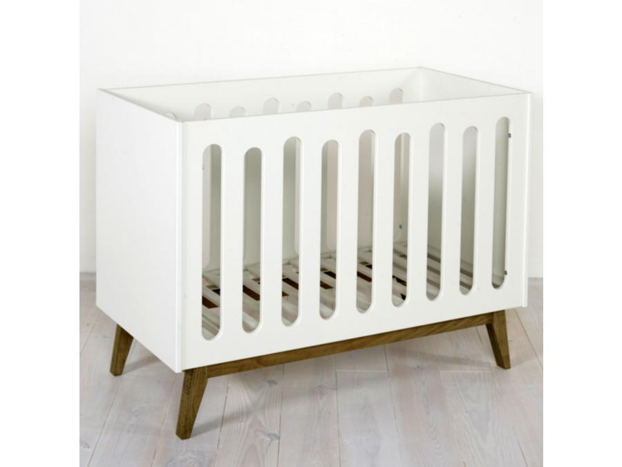Quax lit b b trendy blanc 60 120 cm for Chambre quax trendy