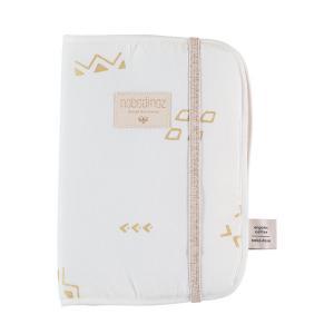 Nobodinoz - N098722 - Protège carnet de santé Poème 24x18 cm gold secrets - white (387460)