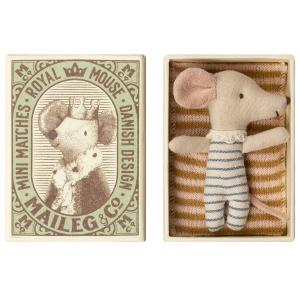 Maileg - 16-9711-01 - Bébé Souris en pyjama dans sa boîte - Garçon-  8 cm (406500)