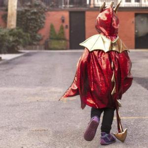 Great Pretenders - 55175 - Cape de dragon rouge, taille EU 104-116 - 4-6 ans (421216)
