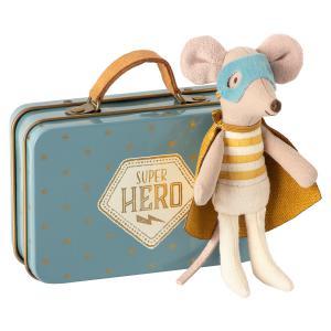 Maileg - 16-0721-01 - Souris Superhéro, Petit Frère dans sa valise -  10 cm  (421824)