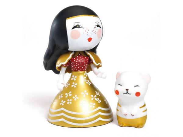 Arty toys - princesses mona & moon