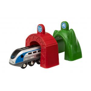 Brio - 33834 - Locomotive intelligente smart tech et portiques - Age 3 ans + (433276)