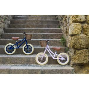 Banwood - BU12 - Draisienne first go vélo sans pédale et casque rose (456438)