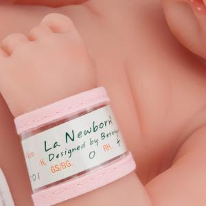 Berenguer - 18505 - Poupon Newborn nouveau né pleureur AfroAméricain sexué fille 36 cm (58426)