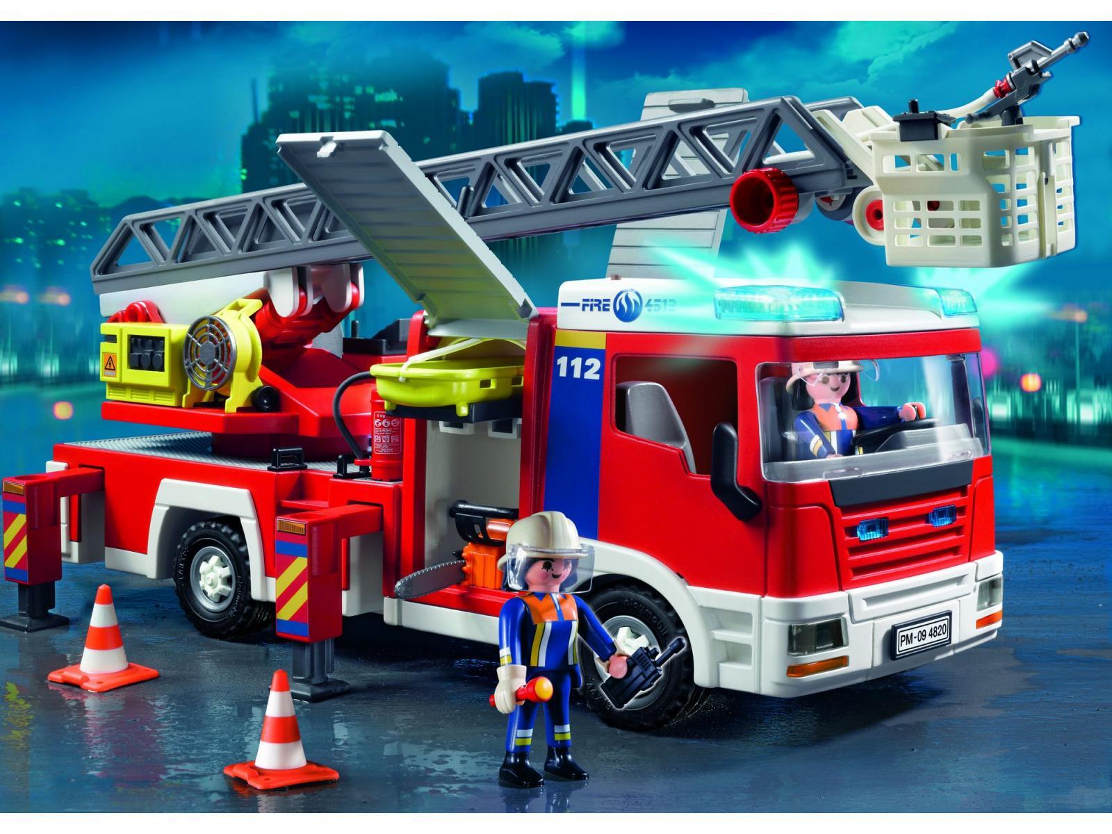 playmobil camion de pompiers grande chelle. Black Bedroom Furniture Sets. Home Design Ideas
